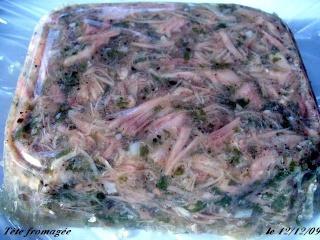 Tête fromagée (appelée aussi tête pressée ou encore hure de porc ) P1110212