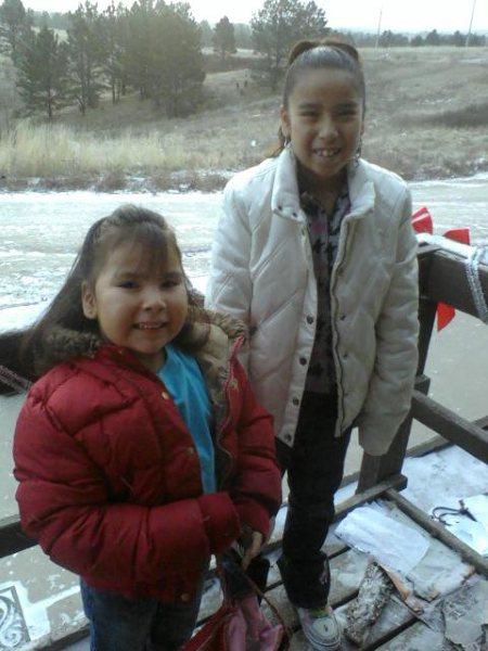 Ma filleule Lakota-Sioux - Page 3 Tapeng11