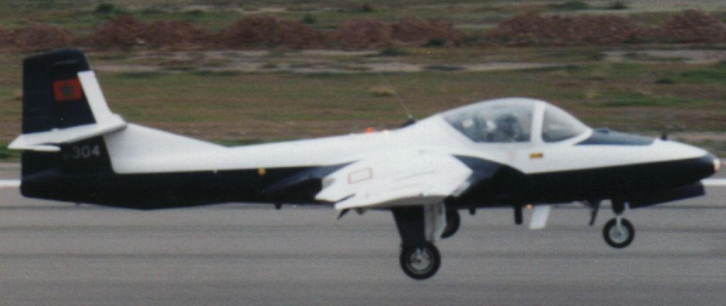FRA: Photos avions d'entrainement et anti insurrection 5730410