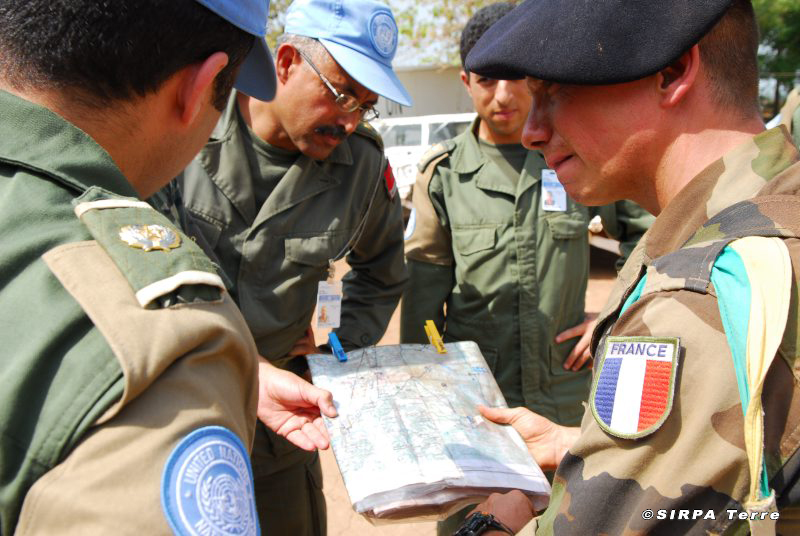 Les F.A.R et le maintien de la paix au monde La_mis10