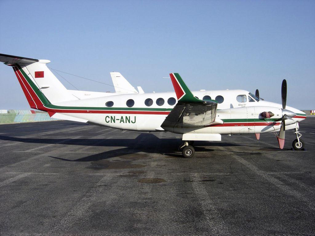 FRA: Avions VIP, Liaison & ECM Nj10