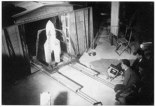 """Film """"La femme dans la Lune"""" de F Lang Untitl45"""