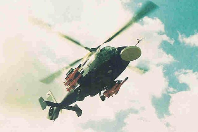 [ Aéronavale divers ] Hélicoptère DAUPHIN - Page 2 Dauphi11