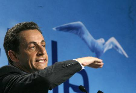 Avec Nicolas Sarkozy, changer la vie ... ici et maintenant ! Sarko_17