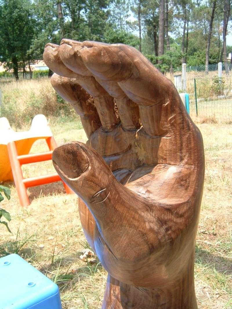 des mains par Louise Bourgeois Dscf0012