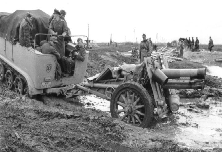 15-cm schwere Infanterie Geschutz 33 11010