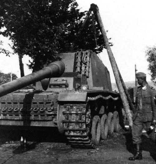 """12.8 cm L/61 """"Sturer Emil"""" 1410"""