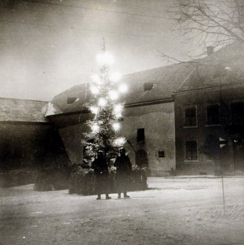 Nazi Christmas !!! 148a10
