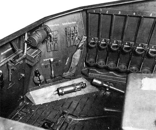 """12.8 cm L/61 """"Sturer Emil"""" 511"""