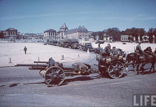 10.5 cm leichte FeldHaubitze 18 57625710