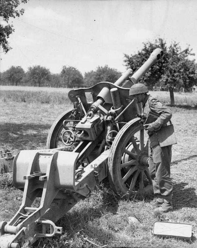 10.5 cm leichte FeldHaubitze 18 70303110