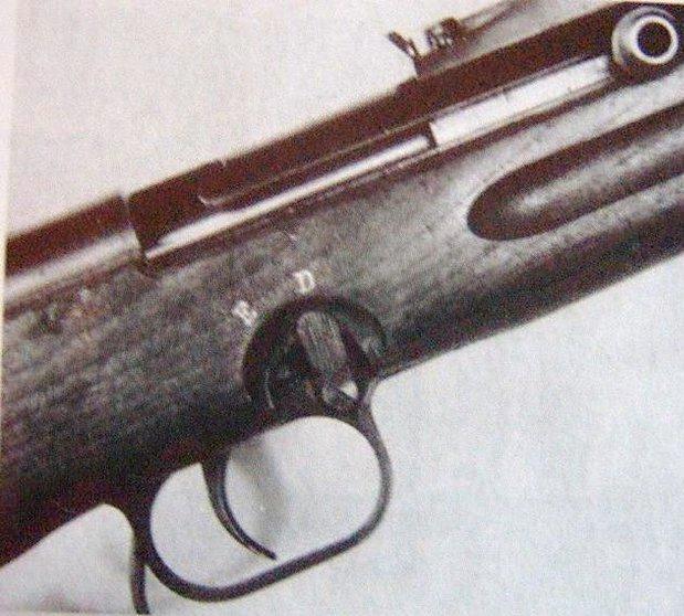 EMP-35 (ErMa Maschinenpistol 1935) Boliwi10