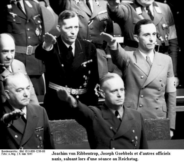 Le Salut Fasciste Bundes52