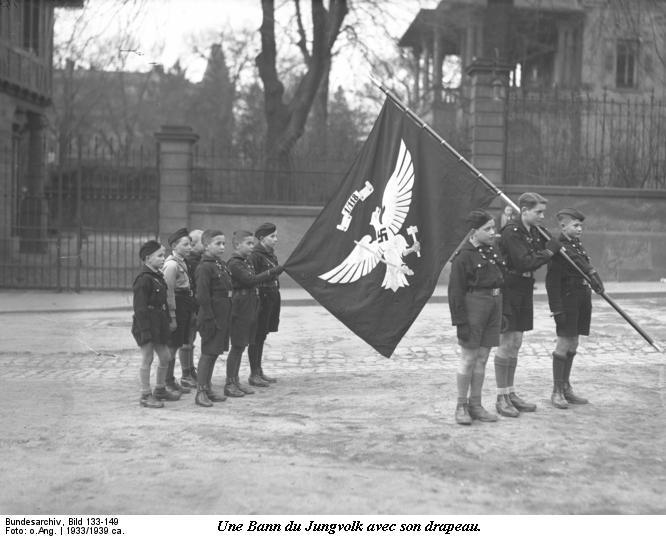 Les Jeunesses Hitlériennes Bundes85