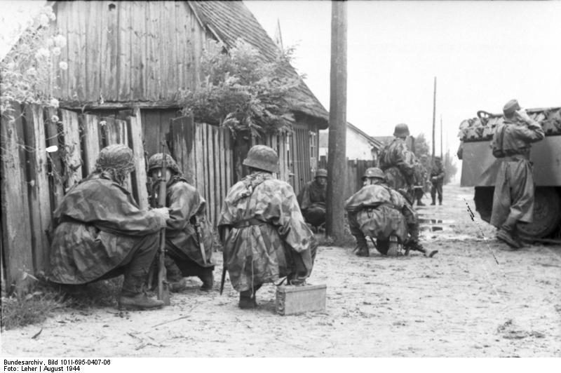 Bundesarchiv - Warschauer Aufstand - Heer aout 1944 Bundes88
