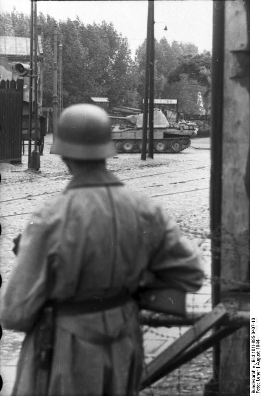 Bundesarchiv - Warschauer Aufstand - Heer aout 1944 Bundes91
