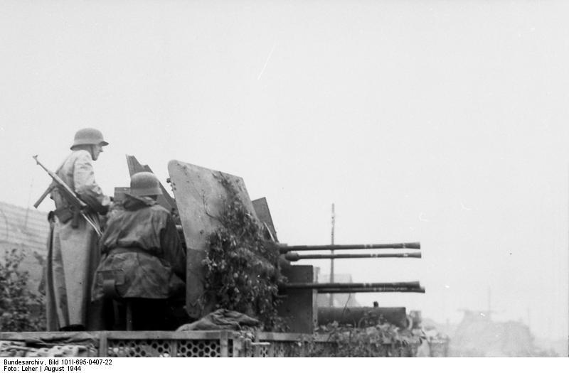 Bundesarchiv - Warschauer Aufstand - Heer aout 1944 Bundes92