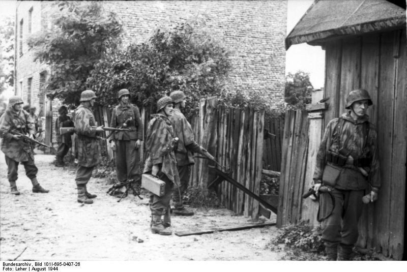 Bundesarchiv - Warschauer Aufstand - Heer aout 1944 Bundes93