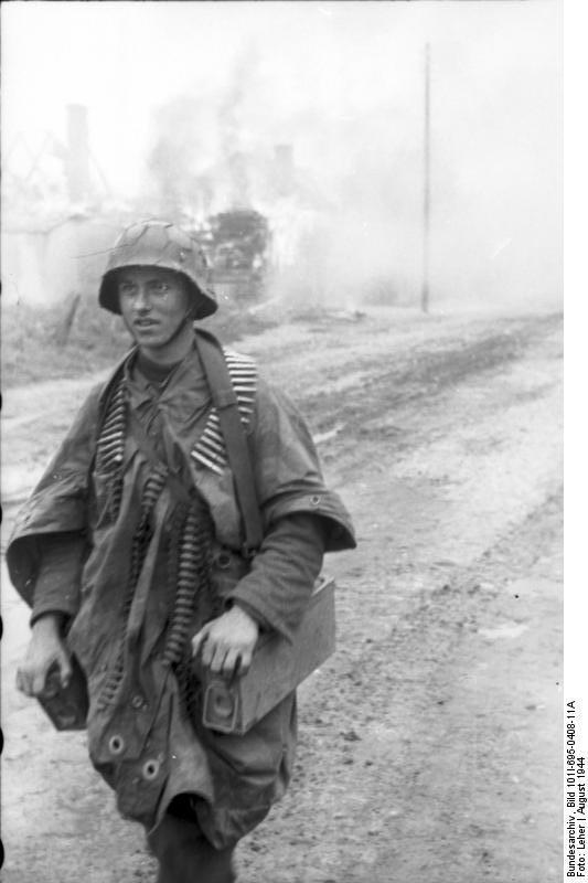 Bundesarchiv - Warschauer Aufstand - Heer aout 1944 Bundes96