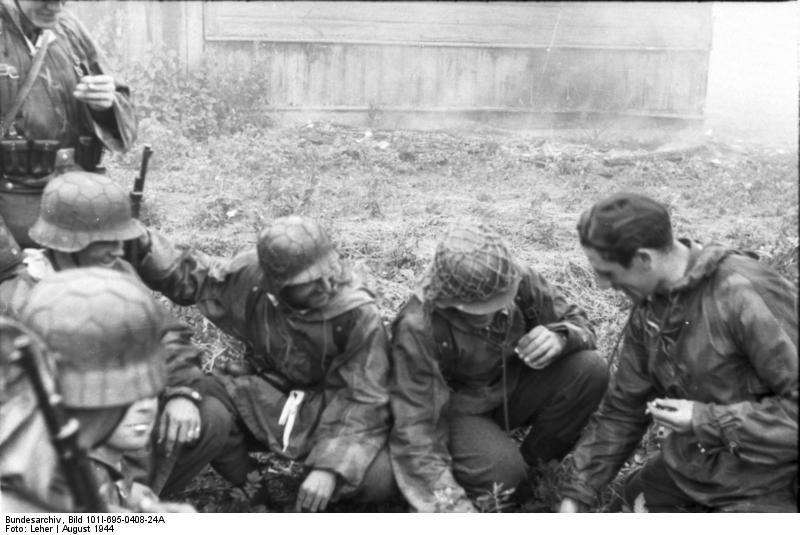 Bundesarchiv - Warschauer Aufstand - Heer aout 1944 Bundes99