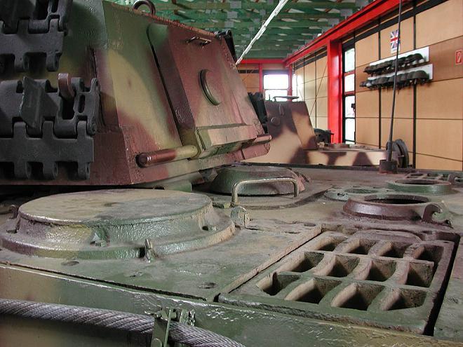 Tiger II  - Munster Museum - DE Dscn1510