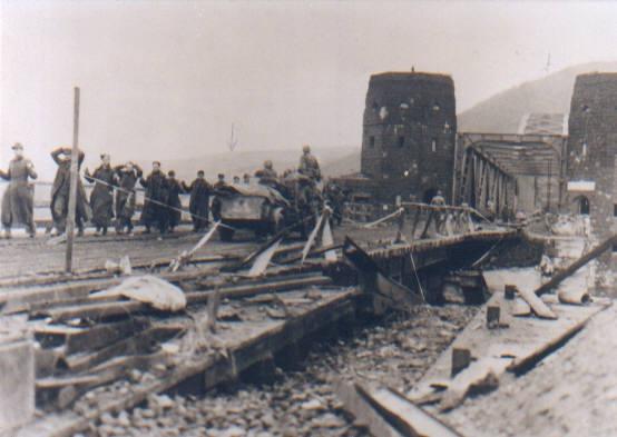 7 mars 1945 - Le pont Ludendorff à Remagen Entree10