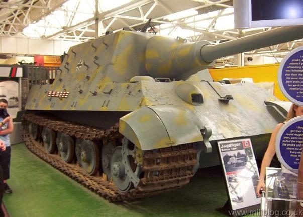 Jagdtiger - Bovington Museum - UK  Jagd-t10