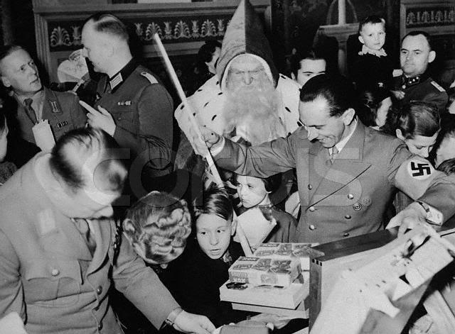 Nazi Christmas !!! Josefg10