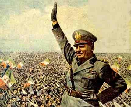 Les régimes  totalitaires des années 30 Mussol10