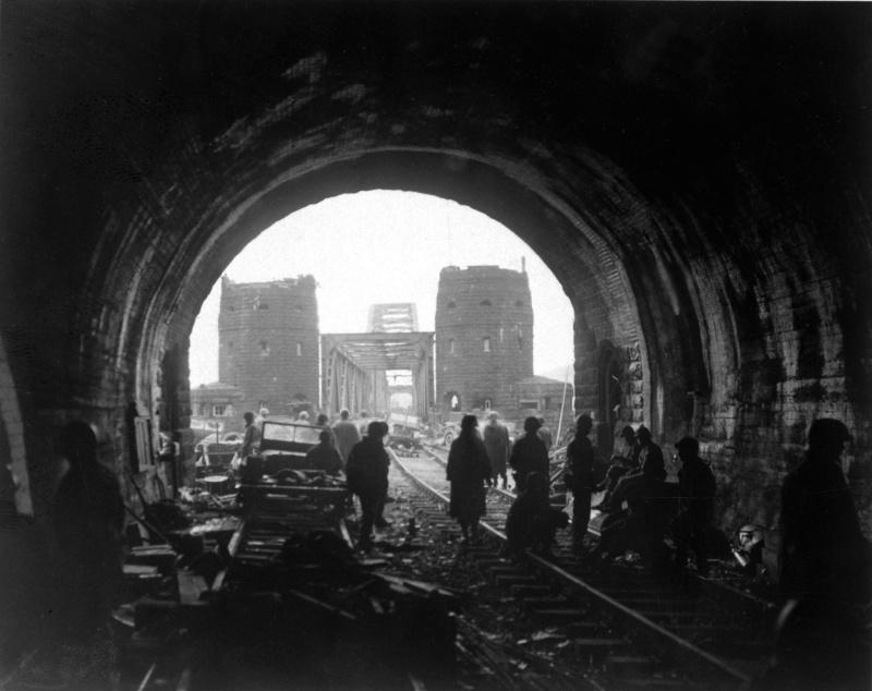 7 mars 1945 - Le pont Ludendorff à Remagen Remage11
