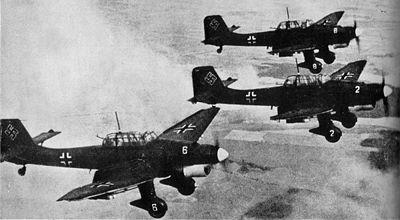 la Blitzkrieg - Définition Stukas10