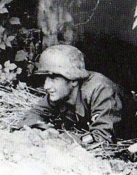 Waffen ss - Uniforme Grenadier Div Charlemagne - Berlin 45 Sturmb10