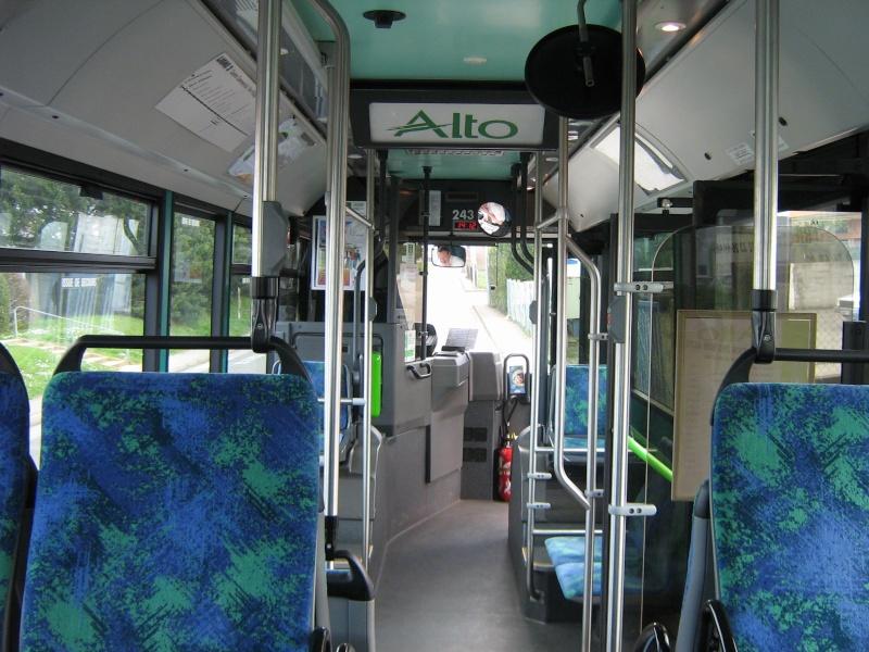 Photos d'intérieur des bus de votre réseau - Page 3 1310_i10