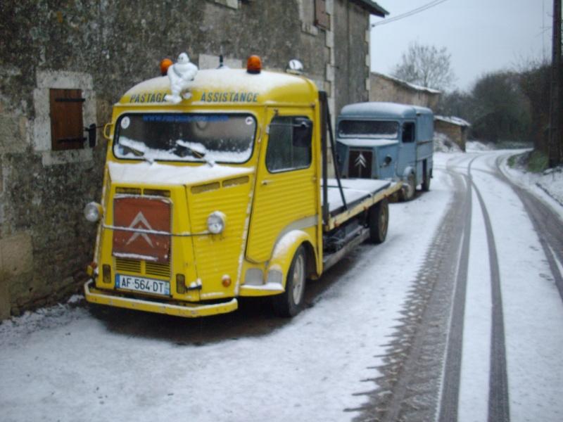 Utilitaire Citroën sous la neige Imgp4011