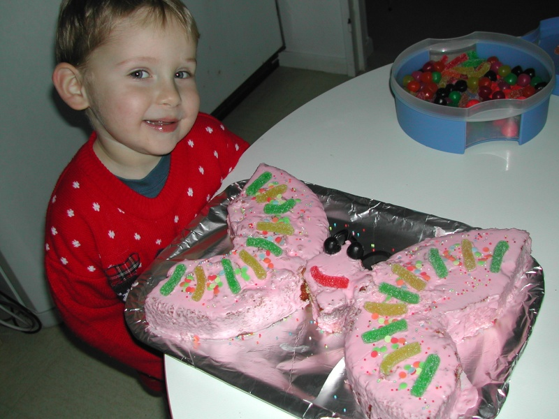 Vos recettes/ trucs pour gâteaux d'anniversaire? Dscn5110