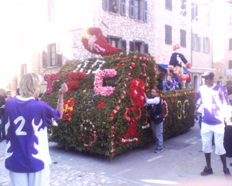 Photos de la fête de la violette (tourette sur loup) 11-03-29