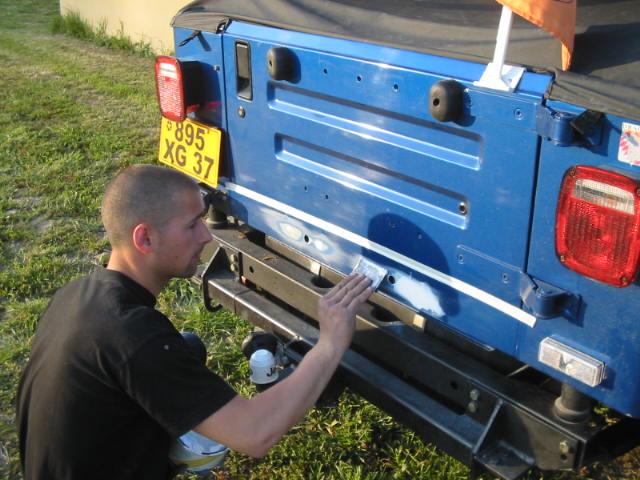 boucher les ailes de nos jeep Carros13