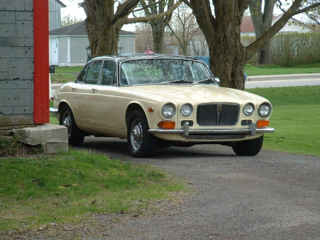 Jaguar : 50 ans de XJ Jaguar10