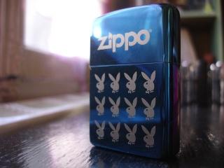 belles photos de zippo..... Playbo10