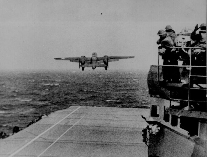[Trumpeter] USS HORNET CV8 1/350 788px-10