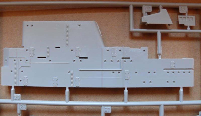 [Trumpeter] USS HORNET CV8 1/350 P1000517