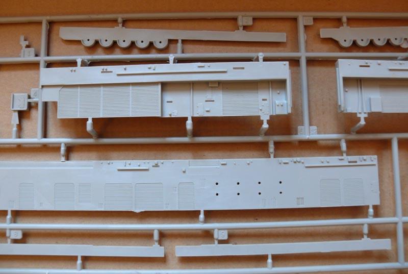 [Trumpeter] USS HORNET CV8 1/350 P1000518