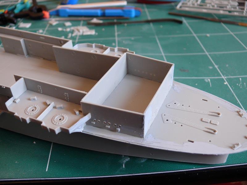 [Trumpeter] USS HORNET 1/350 P1000524