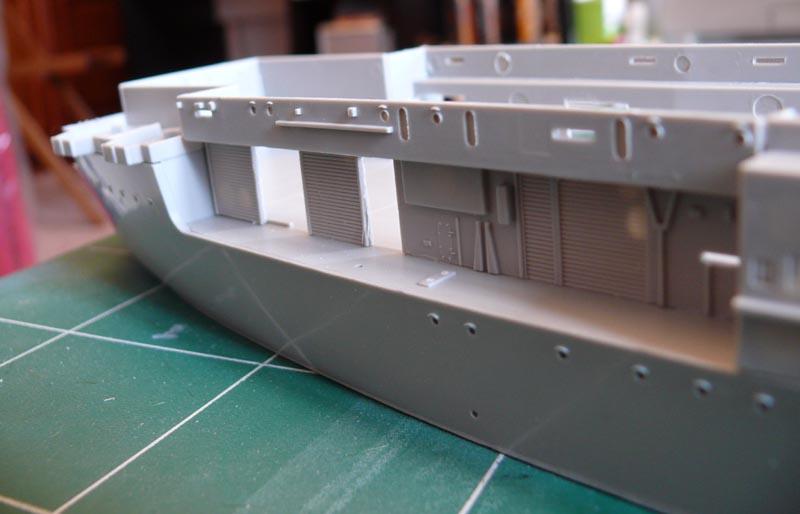 [Trumpeter] USS HORNET 1/350 P1000527