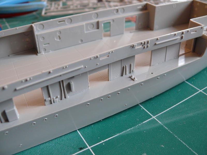 [Trumpeter] USS HORNET 1/350 P1000529
