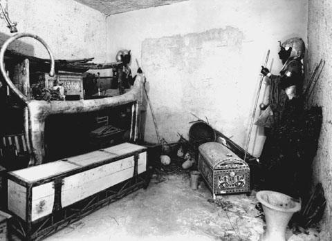La découverte du tombeau de Toutânkhamon P000710