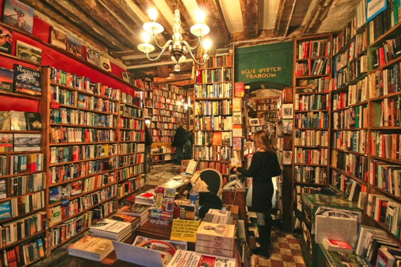 Vos adresses de librairies insolites... Inside10