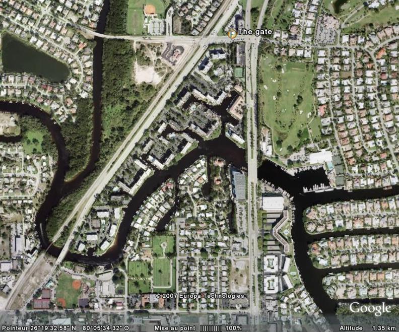 Villes et villages sécurisés : les Gated Communities en pleine lumière... - Page 2 Boca_b15