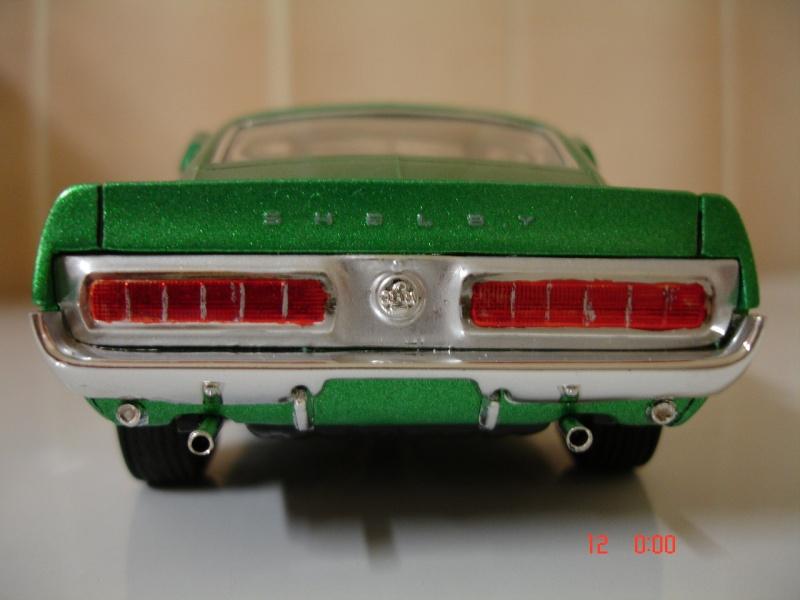 MUSTANG COBRASHELBY GT 500 ech 1/24ème ref L 738 Dsc01713