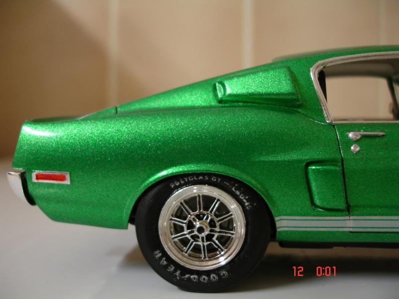 MUSTANG COBRASHELBY GT 500 ech 1/24ème ref L 738 Dsc01716